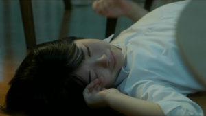 映画「君の膵臓をたべたい」泣く桜良画像