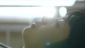 映画「君の膵臓をたべたい」病院の天井を見る桜良画像