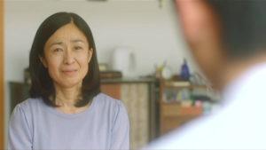 映画「君の膵臓をたべたい」お母さん泣き画像